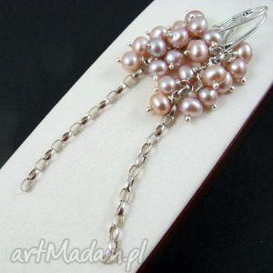 Różowe perełki, perły, grona