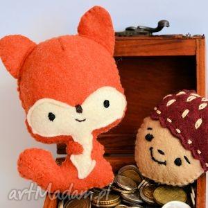 zabawki wiewiórka zabawka orzeszek / broszka, wiewiórka, zabawka, orzech