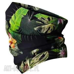 jesienno-zimowy kominek, wzorzysta komino-maska w zielone liście, maseczka