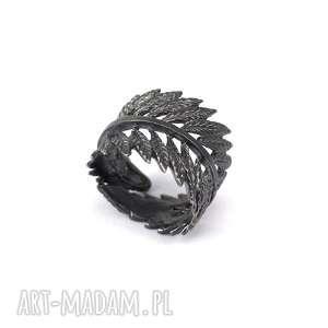 Obrączka Liść z oksydowanego srebra, liść, leśny, elegancki, minimalistyczny, kobieca