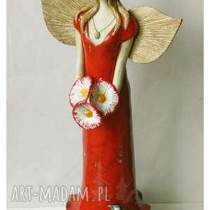 wylegarnia pomyslow anioł z granatowym ptaszkiem na sukni, ceramika