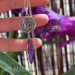Fiołki w srebrze, wisiorek, rozeta, cyrkonie, oksydowany, aniagrys, gwiazdoo