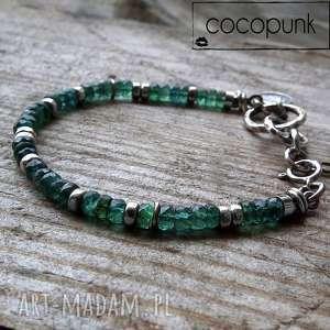 srebro i diopsyd - bransoletka z kamieniami i zawieszkami, kamienie szlachetne