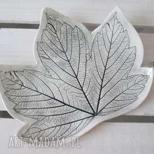 talerzyk ceramiczny liść, roślinna, ceramika, talerz, ceramiczny, odbity, liść