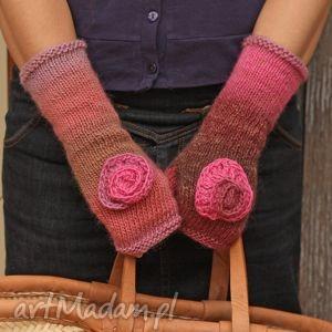 hand made rękawiczki mitenki z sercem