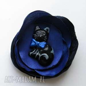 Prezent Broszka - Kot Maurycy 3D, kot, filemon, maurycy, broszka, kwiat, prezent