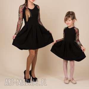 Komplet sukienek EMILY, haft, kwiaty, małaczarna, komplet, dlamamyicórki, bawełna