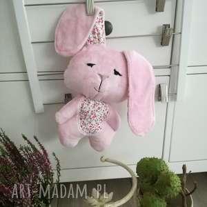 handmade maskotki króliczek do tulenia