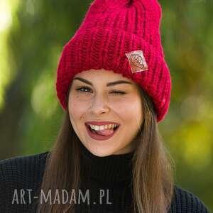 czapki lucky czerwony dywan, czapkazimowa, czapki, jesień, zima, brain