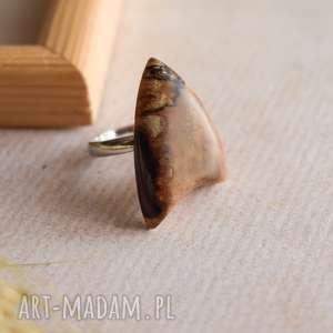 Delmar - elegancki pierścionek z drewna i żywicy sirius92