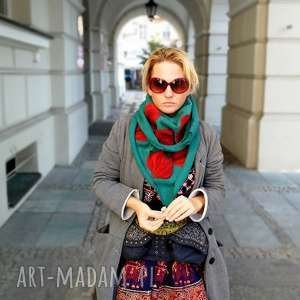 turkusowa chusta handmade wełniana, chusta, etno, ciepła, boho, zima, wełna