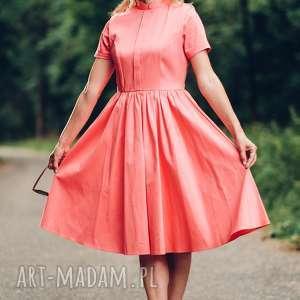 Koralowa sukienka midi ze stójką rozmiar s, m, l, sukienka, midi, rozkloszowana