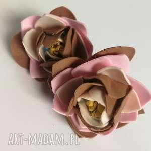 ręczne wykonanie klipsy beżowe jesienne kwiatowe handmade folk lekkie