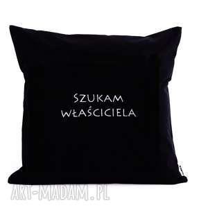 majunto poduszka z haftem szukam właściciela 40x40cm, prezent, śmieszna