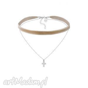 handmade naszyjniki beżowy aksamitny choker z łańcuszkiem zdobionym