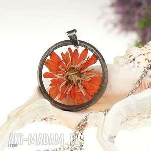 hand made naszyjniki z1159 naszyjnik z suszonymi kwiatami, herbarium jewelry, kwiaty