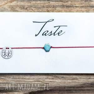 whw taste blue hex on red string, sznurkowa, sznureczkowa, delikatna, uniwersalna