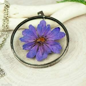 naszyjniki naszyjnik z kwiatów w cynowej ramce z436, kwiatami