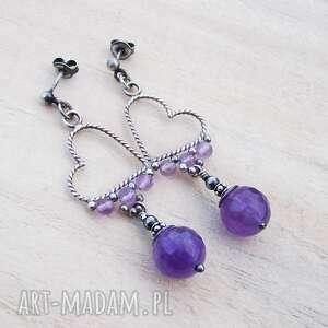 serca z fioletami, srebrne kolczyki, srebrna biżuteria, serca, romantycze