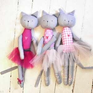 pod choinkę prezenty, kot baletnica, kot, kotka, balet, baletnica, tutu