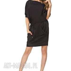 Sukienka 2w1 z paskiem i kieszeniami T155, czarny, sukienka, luźna, pasek, kieszenie