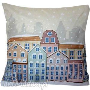 hand-made upominek na święta poduszka dekoracyjna zima w mieście