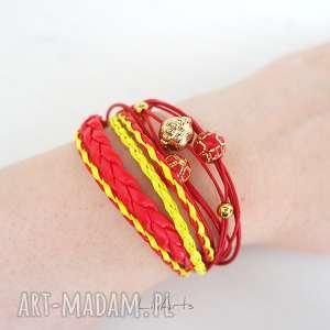 hand-made bransoletka - czerwona, żółta złota, koraliki