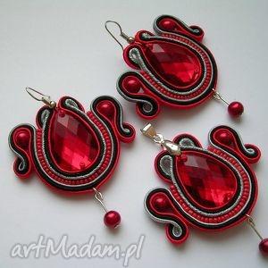 rubinowy komplet biżuterii sutasz, kolczki, wisiorek, komplety