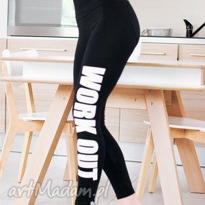 hand-made legginsy modne legginsy czarne z fajnym nadrukiem napisem work out push up serce