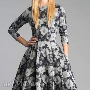 sukienka zuza midi dafne, sukienka, midi, koło, rozkloszowana, kieszenie, kwiaty