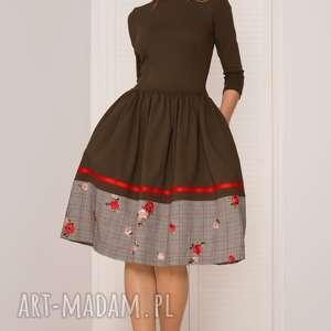 sukienki sukienka rozkloszowana khaki, sukienka, haft, kratka, rozkoloszowana