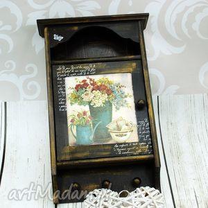 Prezent szafka na klucze- kwiaty z ogrodu, szafka, skrzynka, prezent, przedpokój