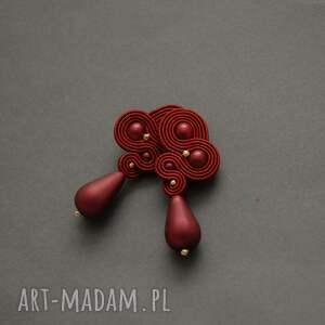 czerwone klipsy sutasz, sznurek, wyjściowe, delikatne, eleganckie, wiszące