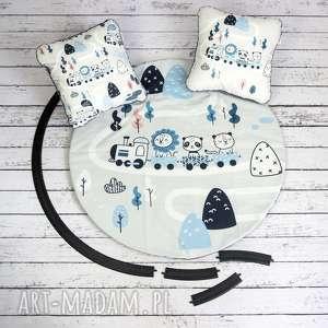 ręczne wykonanie pokoik dziecka ciuchcie welurowa mata do zabawy oraz dwie poduszki