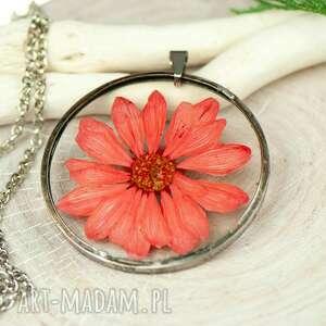 naszyjnik z kwiatów w cynowej ramce z435, boho, biżuteria na lato