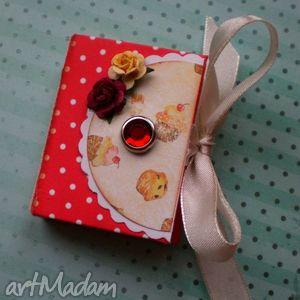 notesy małe kropeczki #1, notes, notesik, róże, kropki, zapiski, prezent