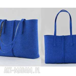 duża niebieska torebka z filcu - minimalistyczna - niska, filc, filcowa