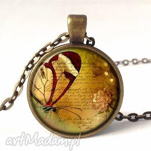 Prezent Liryczny motyl - medalion z łańcuszkiem, motyl, retro, vintage, poezja