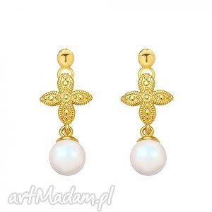 złote kolczyki z rozetką i opalizującą perłą swarovski crystal, modne