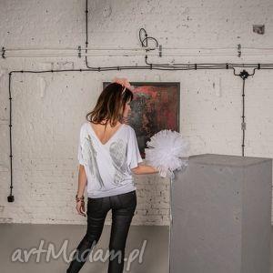 Bluzka Biała | Skrzydła Angel Wings 3/4, bluzka, skrzydła, motyw, malowanka, dekolt