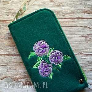 Prezent Filcowe etui na telefon - fiołki, smartfon, pokrowiec, kwiatki, prezent, haft