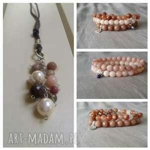 wisior z kamieni w odcieniach beżu, naszyjnik, wisior, kamienie, perła, agat, jadeit