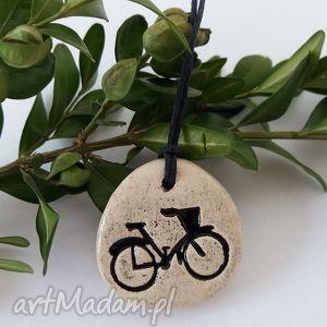 Wisiorek z rowerem wisiorki ceramika ana ceramiczny, wisior