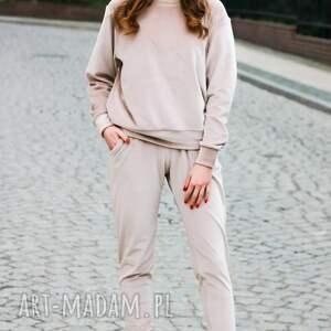 handmade sportowe modny dres welurowy komplet bluza i spodnie kolor beżowy lona