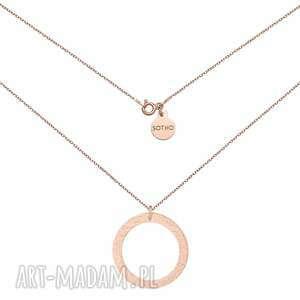 naszyjnik w różowym złocie z dużym chropowatym kołem
