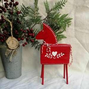 dekoracje czerwony konik z drewna no 2, figurka drewniana, malowane ręcznie