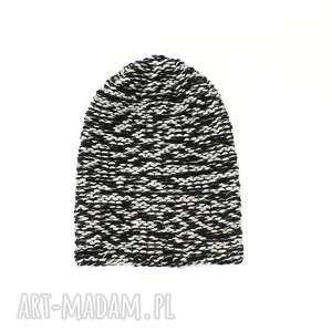 gruba czapka unisex melanżowa zrobiona na drutach - czapka-unisex, czapka-zimowa