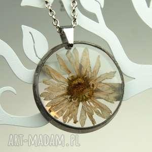 hand made naszyjniki z1069 naszyjnik z suszonymi kwiatami, herbarium jewelry, kwiaty