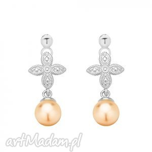 srebrne kolczyki z rozetką i łososiową perłą