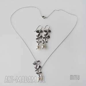 komplety komplet trzyczęściowy srebrne listki z perłą, komplet-ślubny, elegancki
